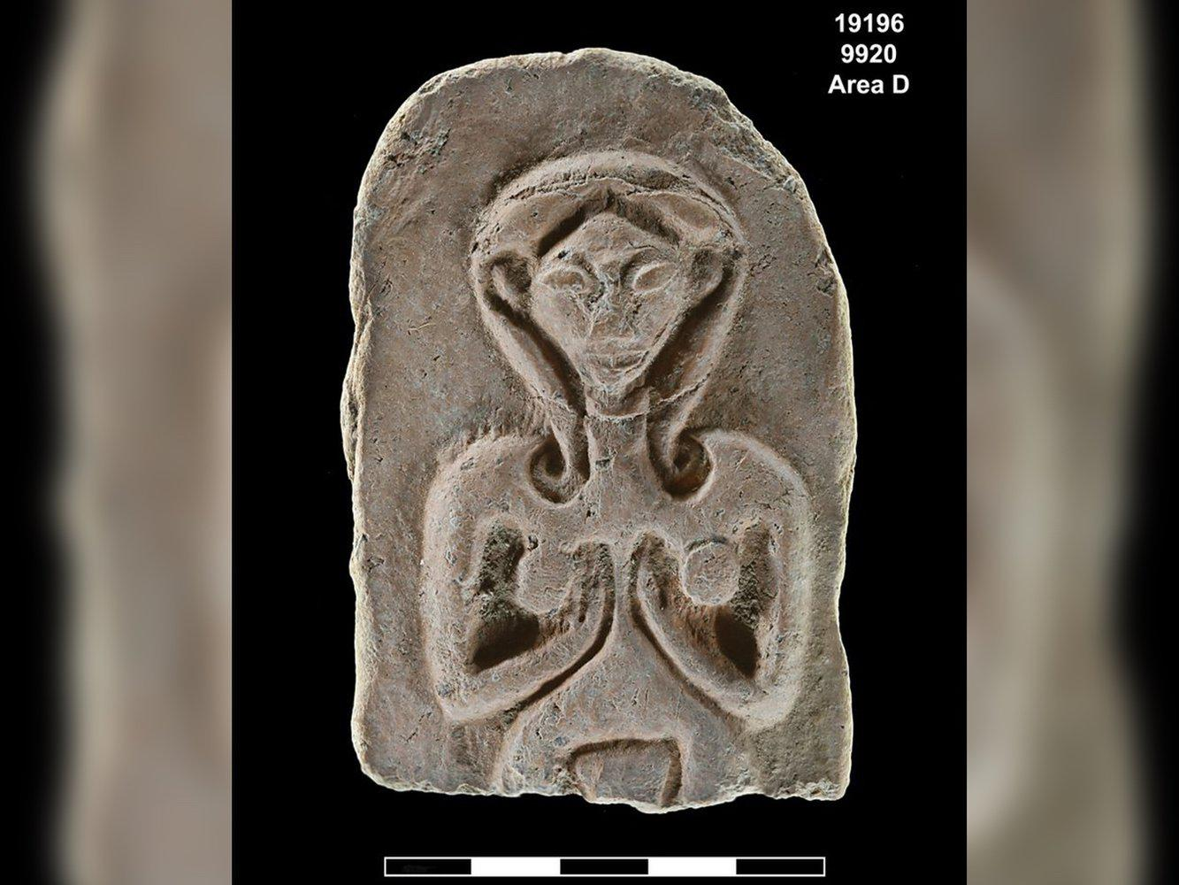Were These 3,500-Year-Old Carvings of Nude Women Used As